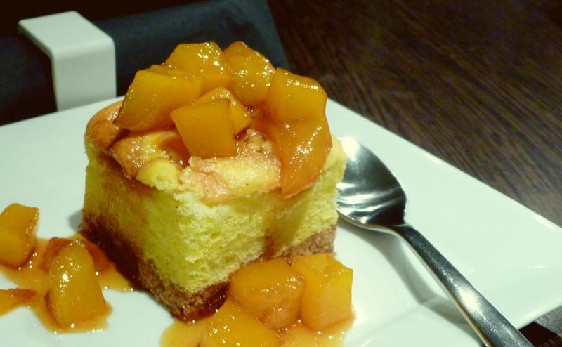 Cheesecakes à la vanille et mangue caramélisée