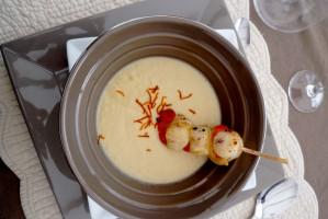 NOIX DE SAINT-JACQUES ET CRÈME DE NAVETS SAFRANÉE - Cuisine de tous les jours