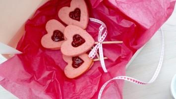 ♥ Sablés Linzer en sucettes pour Valentine ♥
