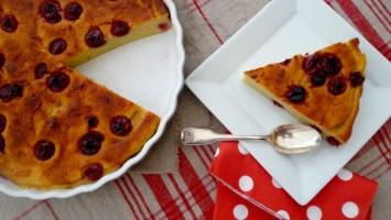 Gâteau de semoule au lait d'amandes et griottes 014