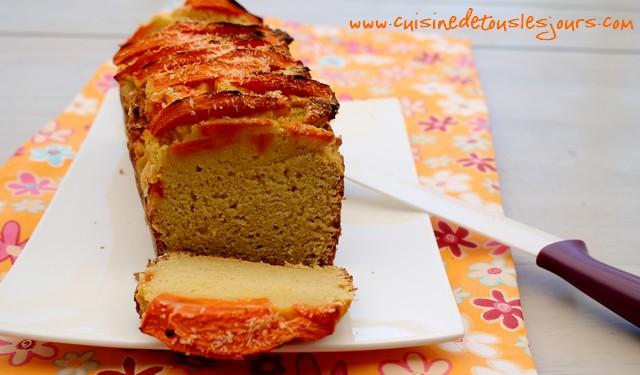 Cake à la farine de noix de coco et papaye