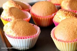 Cupcakes à la vanille, coeur de fraise_tuto_5