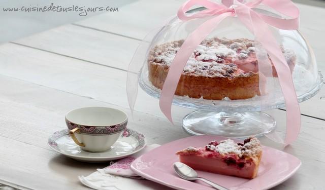 Gâteau Magique aux framboises et à la rose