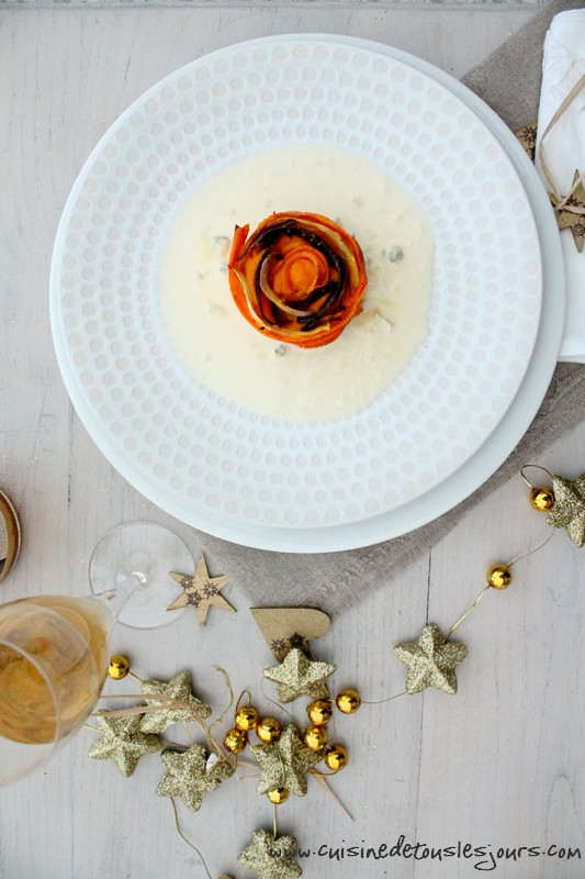 Veau et butternut façon parmentier, rosace de carottes anciennes et sauce au Bleu de Bellevue pour Brin d'Herbe