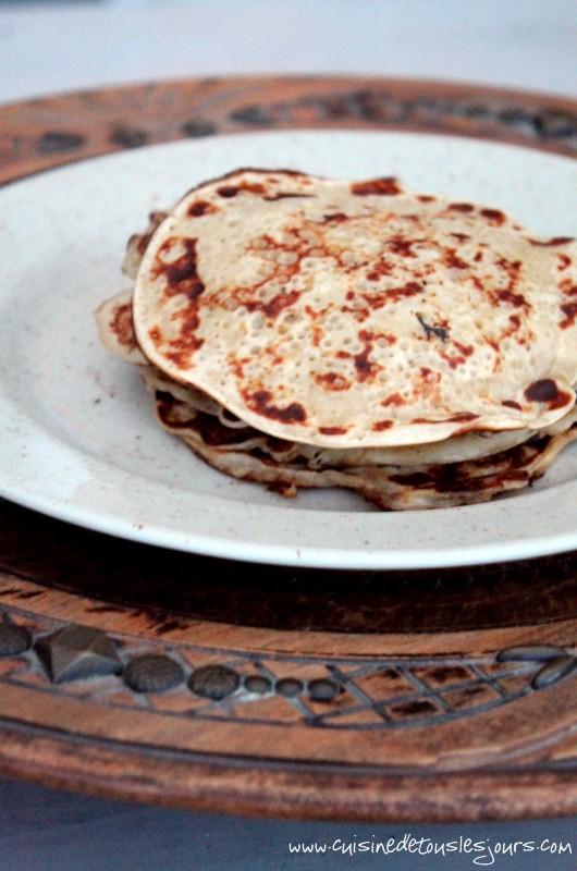 Pancakes à la farine de chataigne et aux pommes