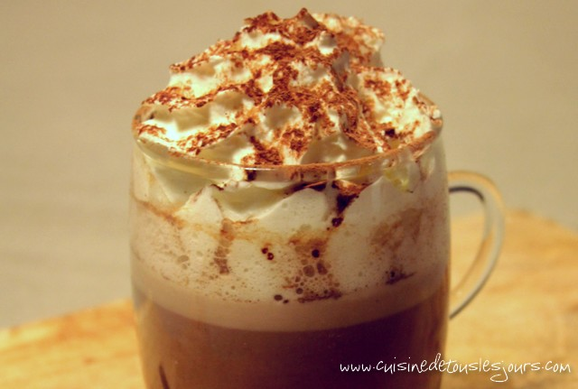 Pumpkin & Spicy Hot Chocolate - www.cuisinedetouslesjours.com