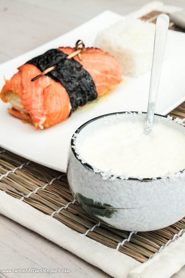 Rôtis de julienne à la truite fumée Guyader et sauce à la noix de coco - ©www.cuisinedetouslesjours.com