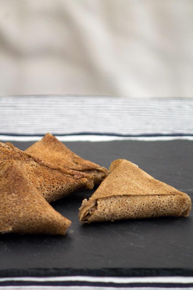 Samoussas de blé noir au veau, noisettes et fromage frais - Démo culinaire - Ohhh La Vache ! 2016 - Pontivy - ©www.cuisinedetouslesjours.com