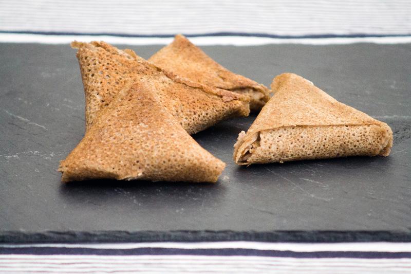 Samoussas de blé noir au veau et fromage frais - Démo culinaire - Ohhh La Vache ! 2016 - Pontivy - ©www.cuisinedetouslesjours.com