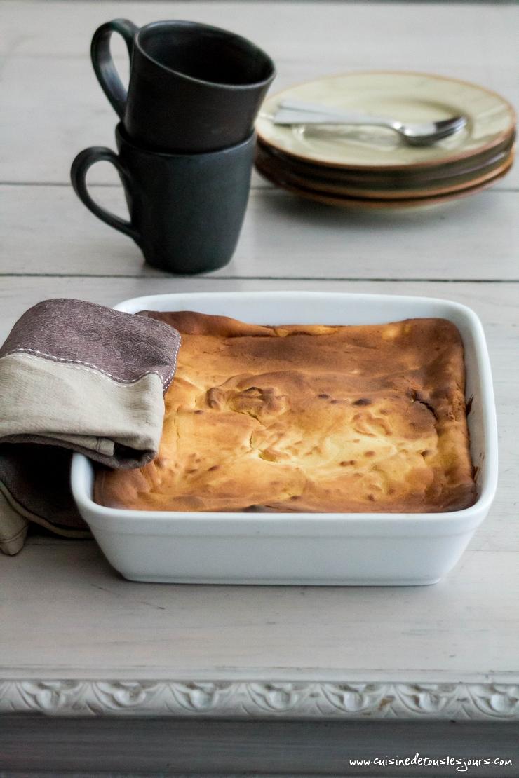 Far à la pomme de terre et aux pruneaux - ©www.cuisinedetouslesjours.com