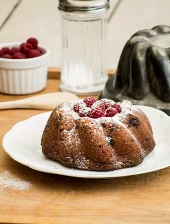 Gâteau aux amandes et framboises – ©www.cuisinedetouslesjours.com
