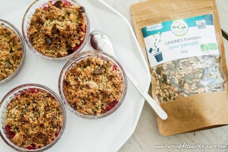 Crumble de graines aux framboises - Collaboration KRAZAN - ©www.cuisinedetouslesjours.com
