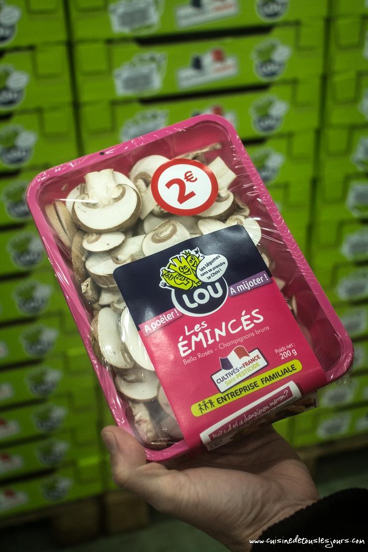 Cueilleuse d'un jour chez champignons LOU -©www.cuisinedetouslesjours.com