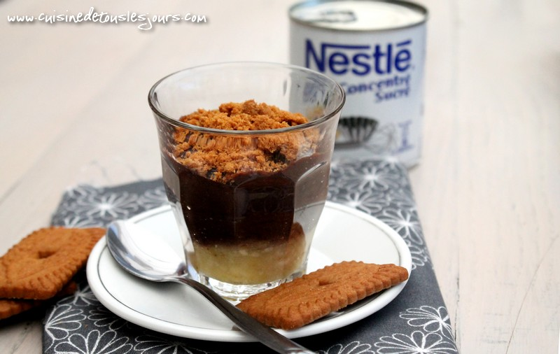 ©www.cuisinedetouslesjours.com - Verrines de banane, crème au chocolat et spéculoos