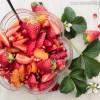 Salade de fraises, grenade et orange à l'eau de rose - ©www.cuisinedetouslesjours.com