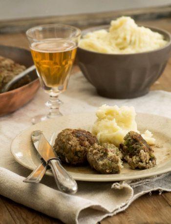 Boulettes d'agneau au sarrasin et chou, sauce au cidre – Recette du concours SuperBall de L'Agneau si simple, si bon – ©www.cuisinedetouslesjours.com