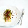 Asperges et poireaux, crème de haddock et crumble de sarrasin et noisette - ©www.cuisinedetouslesjours.com