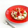 Tartelettes aux fraises, chantilly au basilic et sablés au poivre long - ©www.cuisinedetouslesjours.com